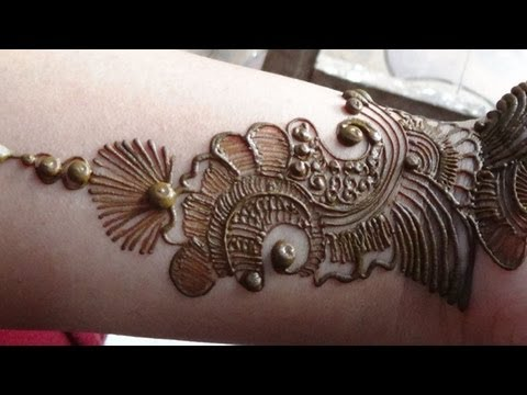 Best Arabic Mehendi 2013:How To Apply Henna Mehndi Tattoo On Hand/Designs
