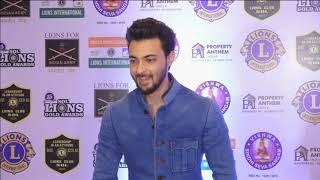 Indian film, television stars shine at award function in Mumbai - ANIINDIAFILE