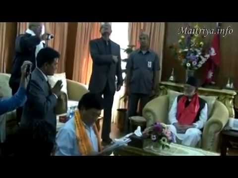 Meeting between Maha Sambodhi Dharma Sangha Guru and Prime Minister of Nepal (Oct 22, 2014)