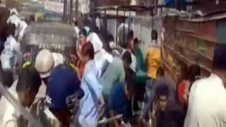 Sub inspector exam paper leak: Patna police lathicharge protesters, many injured - TIMESOFINDIACHANNEL