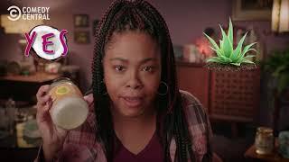 ChrissyIssyIssy - Coconut vs. Aloe - Detroiters - COMEDYCENTRAL
