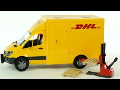 DHL Mercedes Benz Sprinter Truck with Manual Pallet Jack