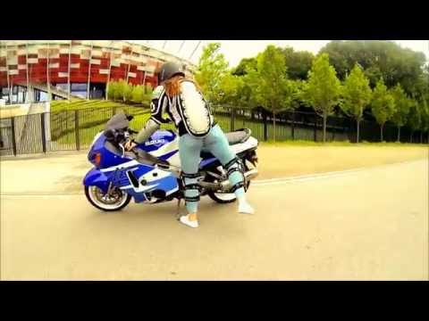 WOMAN ON HAYABUSA - SUZUKI GSXR 1300 / Projekt
