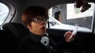 Bùi Anh Tuấn hát live trong xe ô tô tại Nga quá hay