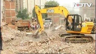 इमारत के मलवे से 9 शव निकाल गये, बचाव कार्य जारी - NDTVINDIA