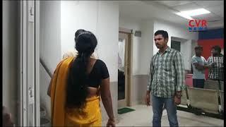 Woman Slaps A Man With Slipper For Cheating In Vanasthalipuram Police Station | CVR NEWS - CVRNEWSOFFICIAL