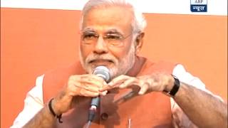 Woman must be free to choose career, marriage: Modi - ABPNEWSTV