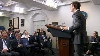 A First: Cuban Reporter Asks a Question at White House Briefing - ABCNEWS