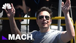 "Breaking Down Elon Musk's Most ""Painful"" Year Yet 