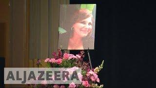 Charlottesville holds vigil in honour of Heather Heyer - ALJAZEERAENGLISH