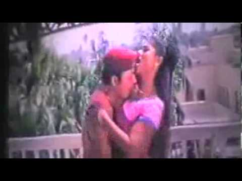 Bangla hot song Moyuri Valobasay mon vore de HD