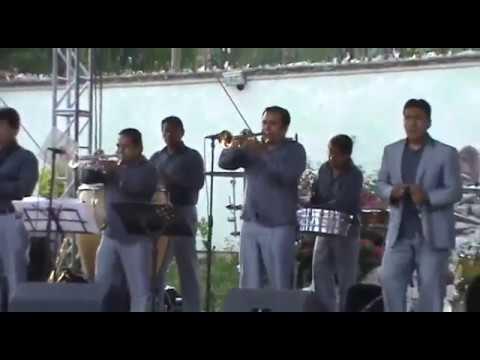 Musical Gigantes-Señora