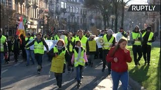 Yellow Vest protest in Brussels - RUSSIATODAY