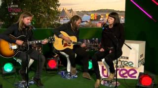 Band of Skulls play 'Hoochie Coockie' at the 2014 Reading Festival - BBC