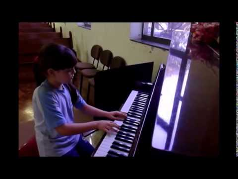 Talentos Kids - Giovanna Amatuzi Uliano (4º A)