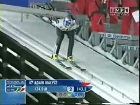 Adam Małysz zdobywa złoty medal MŚ w 2003 roku
