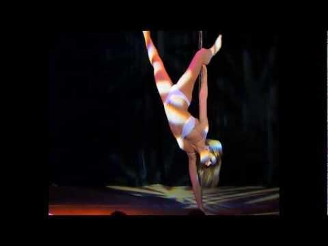 """Отчетный концерт Pole Dance (танец на пилоне) 20.01.2013 года в клубе """"Олимпия"""". Ольга Тен"""