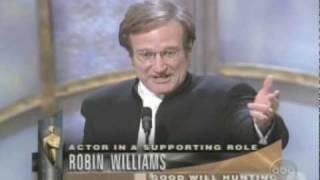 روبين وليامز مع الأوسكار: لأول مرة أفقد الكلمات! (فيديو)