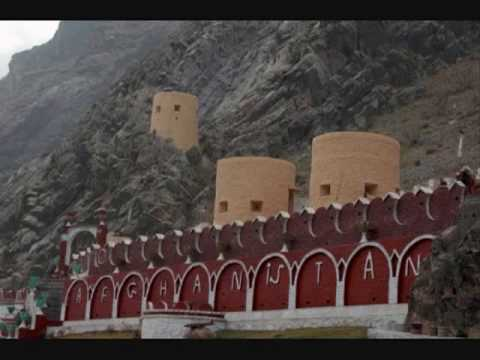 YouTube - {{ Noor Mohammad Katawazi Pashto Mast Attan Song 2o10 }}.flv