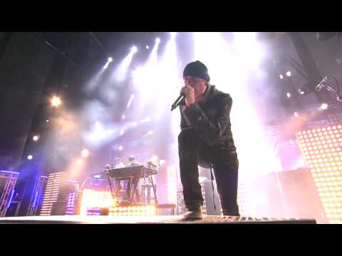 Linkin Park (HD) - Breaking the Habit (Live in Madrid)