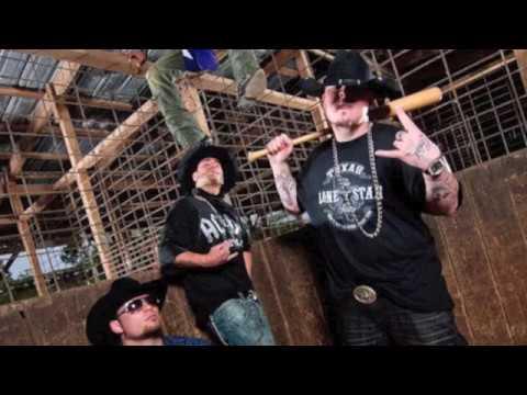 Download Free Moonshine Bandits Mp3