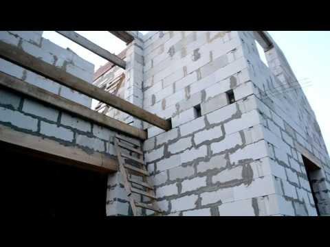 Clipxaab:балкон, торцевые крепления балок.
