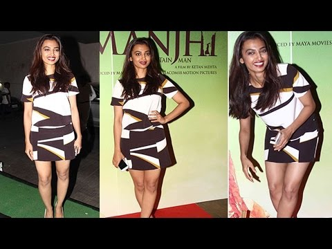 Hot Radhika Apte Spotted At Special Screening Of Manjhi