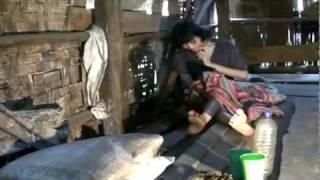 dua gadis 10 tahun dipasung.avi view on youtube.com tube online.