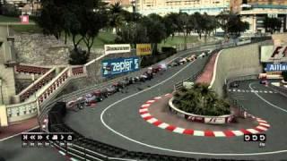 F1の2010年モナコGPでの玉突き事故。プロでもさすがに無理よ。