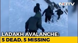 5 Dead, 5 Trapped As Avalanche Hits SUV In Khardung La Pass, Ladakh - NDTV
