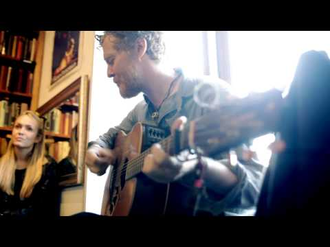 #500 Glen Hansard & Lisa Hannigan at Shakespeare&Co - part 1/2
