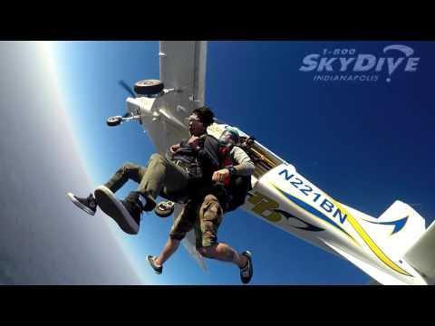 Tianya Sung's Tandem skydive!