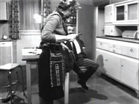 Ekel Alfred - Stiefel ausziehen
