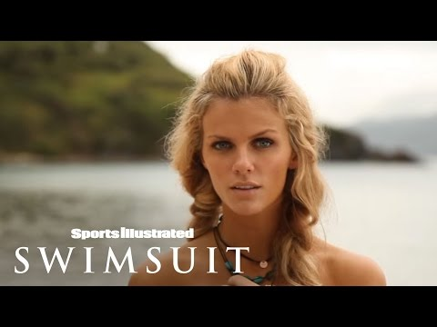 Brooklyn Decker, Sports Illustrated Swimsuit 2011 -qwpjSpc3loQ