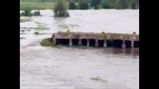 Watch: Wesley Bridge built during British raj breached in Karnataka - TIMESOFINDIACHANNEL