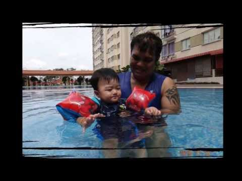 Boboi 1st swimming lesson