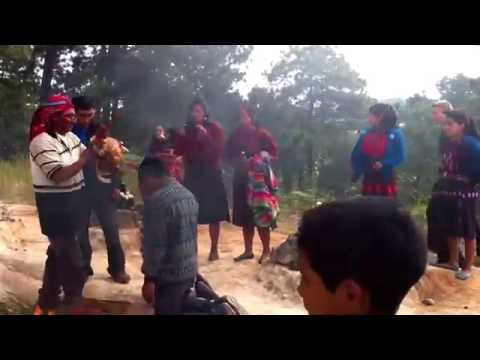 Ritual Maya (parte 2) - Pascual Abaj, Chichicastenango