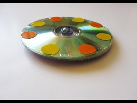 Manualidades reciclaje ballena vidoemo emotional video - Manualidades con cd viejos ...