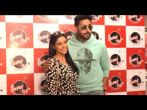 Abhishek & Asin Promotes 'All Is Well'