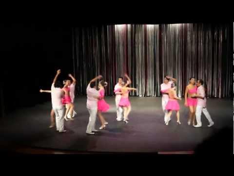 Presentación Primer encuentro de Casino y bailes tradicionales Cuba