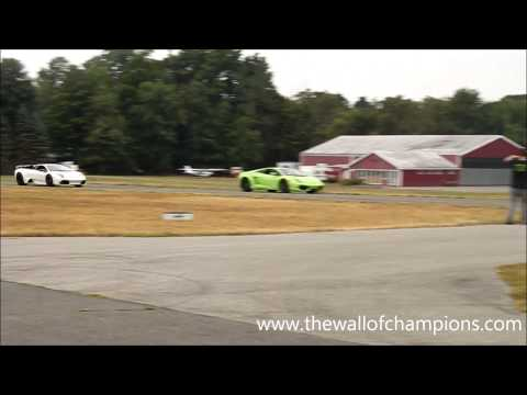 Lamborghini Murcielago LP640 and Gallardo LP560 Fly By