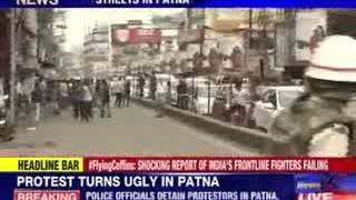 Protest turns ugly in Patna - NEWSXLIVE