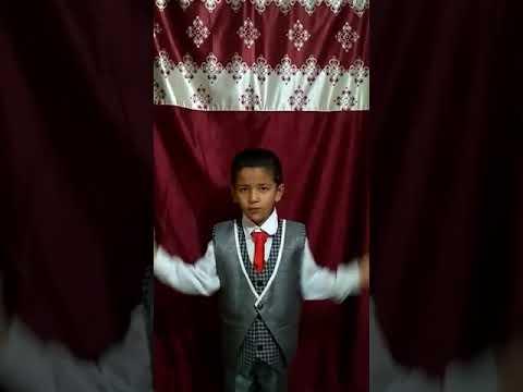 <p>नादौन, 14 सितंबर। हिमाचल प्रदेश के हमीरपुर जिले के नादौन में स्थित महर्षि विद्या मंदिर स्कूल का नन्हा छात्र आरूष शर्मा हिंदी दिवस पर आयोजित ऑनलाइन प्रतियोगिता में भाग लेता हुआ। #HindiDay<br /><br /></p>
