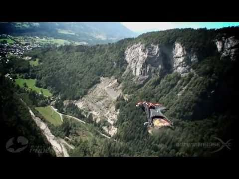PHY NYA - Basejumping with improved Wingsuits