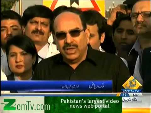 Malik Riaz Announces to fit 300 Tube Wells in Tharparker