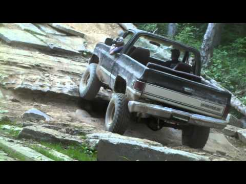 K5 Blazer climbing Cherokee Hill at Wheeling in the Country 5-29-11