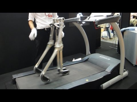 Passive Walking Robot Propelled By It's Own Weight #DigInfo