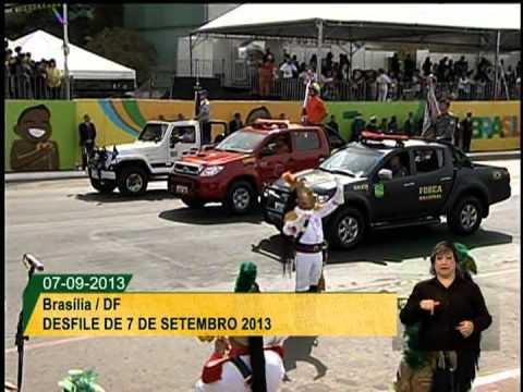 Compacto do desfile de 7 de setembro de 2013 na Esplanada dos Ministérios
