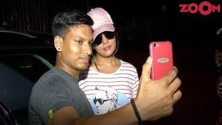 Richa Chadda Spotted Clicking Pictures With Fans! - ZOOMDEKHO