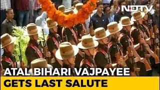 Atal Bihari Vajpayee gets last salute - NDTV